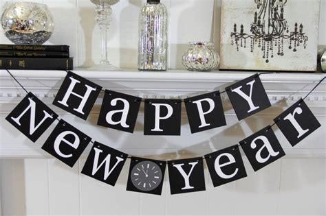 new year 2016 office decoration ideas stylish black and white hanging words for table decoration