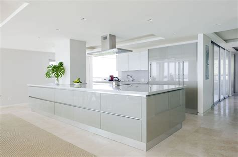 high gloss kitchen cabinets high gloss cabinets kitchentoday
