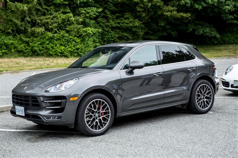 porsche cajun porsche cayenne vs macan specifications autos post