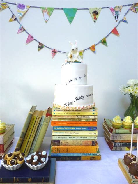 themes books book themed party cakes likes a party