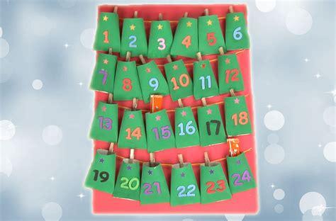 Calendario Cartulina Manualidades Calendario De Adviento Manualidad Reciclada Para Navidad