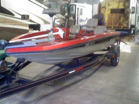 tracker boats clothing 1990 chion bass boat w evinrude tracker xp150 motor