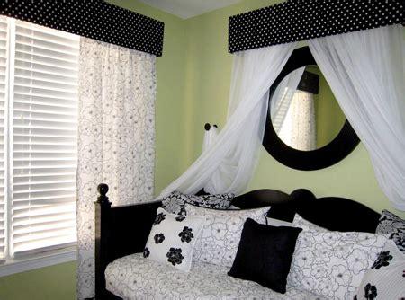 black white and green bedroom ideas fashion design decorating inspiration black white room