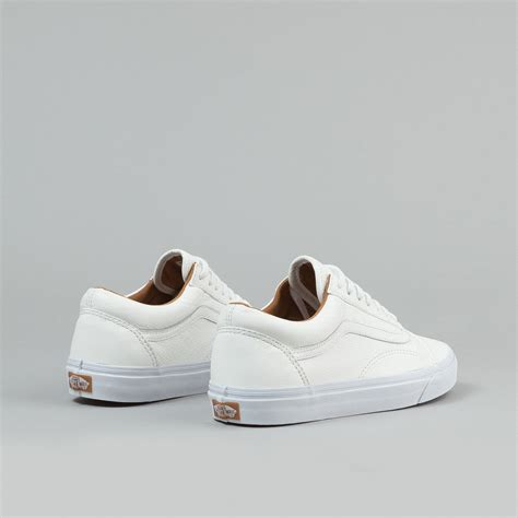 Vans Oldskool White Premium vans skool shoes premium leather white flatspot