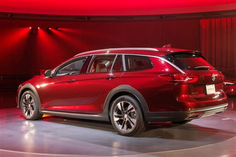 Buick Wagon 2020 by 2018 Buick Regal Sportback And Tourx Wagon Premiere Before