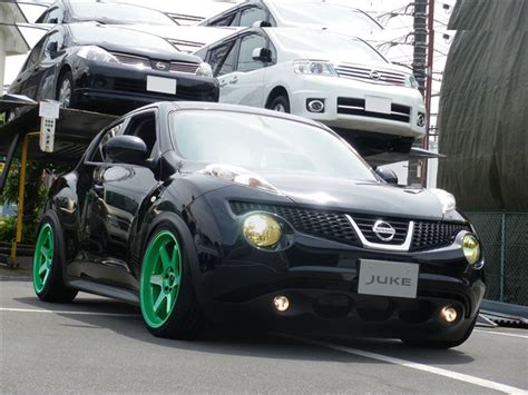 stanced nissan juke cult of the small carstanced nissan juke cult of the
