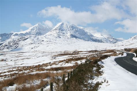 christmas mountain snow conditions