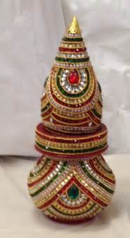 Traditional Indian Home Decor Decorative Nariyal Kalash For Pooja Decor Decorative