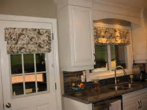 Kitchen Window Coverings by Kitchen Window Treatments Transitional Kitchen