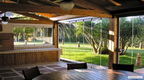 chiudere veranda chiudere veranda a vetri fioriera con grigliato plastica