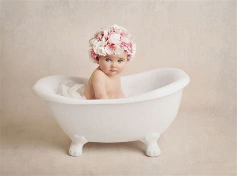 Babies In A Bathtub by 17 Best Images About Baby Bathtub On Mixing
