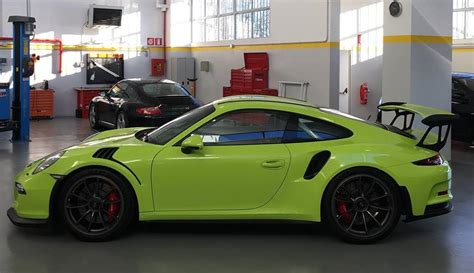 porsche gt3 rs matte black lime green porsche 991 gt3 rs dope or nope