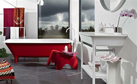 Rote Badezimmer Ideen by Farbige Badewannen Ideen F 252 R Moderne Badezimmer