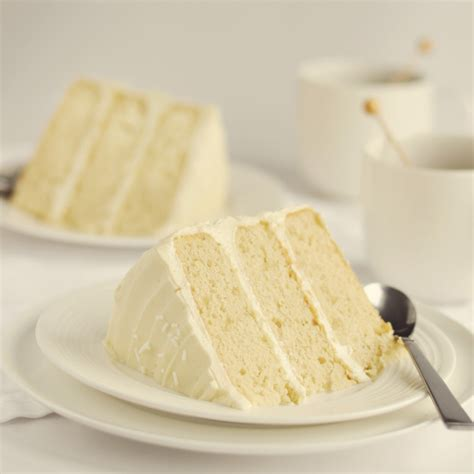 vanilla cake with a secret ingredient instant pudding home trends magazine