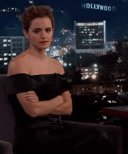 réduire format gif emmawatson gif create discover and share on gfycat