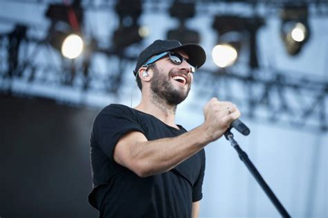 i just had an epiphany drake country star sam hunt is basically a drake tribute act now