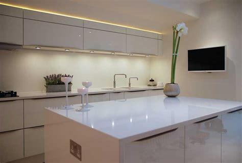 Houzz Kitchen Island Ideas by High Gloss White Kitchen With White Quartz Worktops