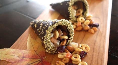 gourmet mom    cornucopia snacks