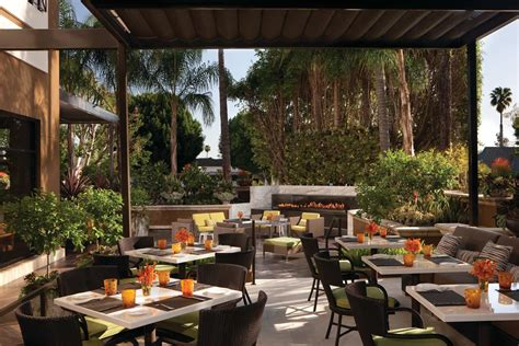 Alfresco Kitchen Designs by Four Seasons Big Restaurant Gamble Pays Off In Los Angeles