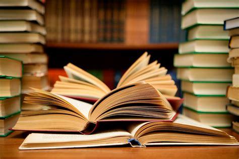 libro how to be an 10 libros de verano para seguir aprendiendo estas vacaciones