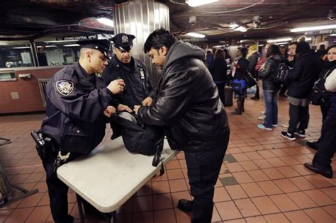 Subway Background Check Ny Airports Hubs Tighten Security But More Is Needed Ny Daily News