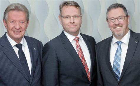 Generationswechsel Bensberger Bank Beruft Leiter