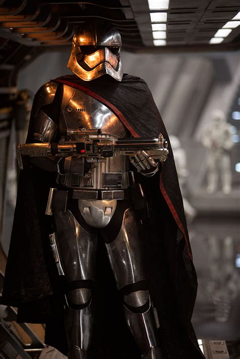 Converge Wars Captain Phasma 5 things you might not about captain phasma starwars