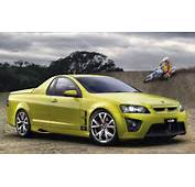 Holden Hsv Maloo R8 Front Three Quarter View Photo 4