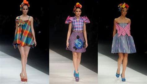 Sarung Bugis Bahan Halus Lembut kain tradisional khas indonesia