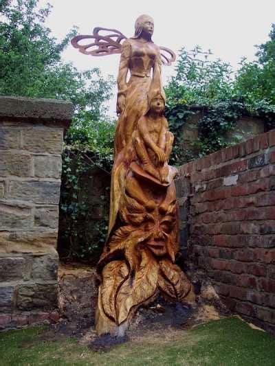 images  tree carvings  pinterest trees