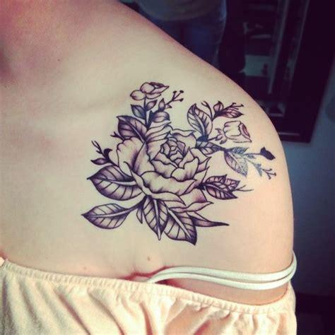wunderbares tattoo an der schulter tattoos pinterest