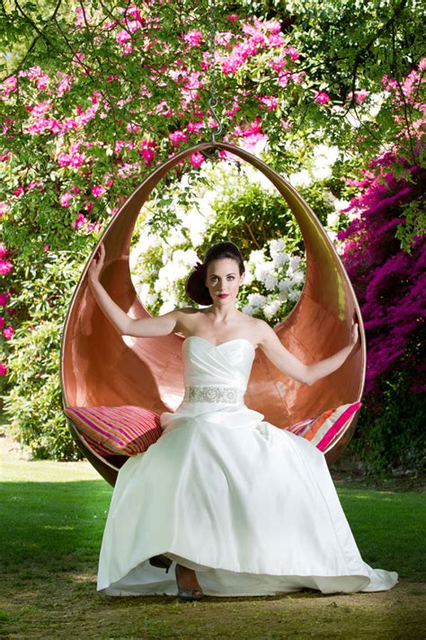 wedding swing why not hire a myburgh swing for your wedding myburgh