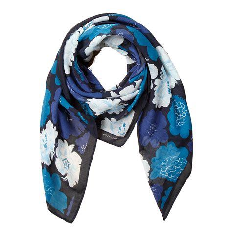 marimekko pioni blue levina scarf marimekko bag