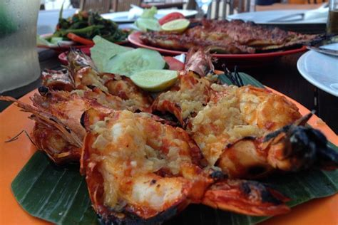 Sekam Ikan Bakar tiga restoran romantis untuk wsj indonesia wsj