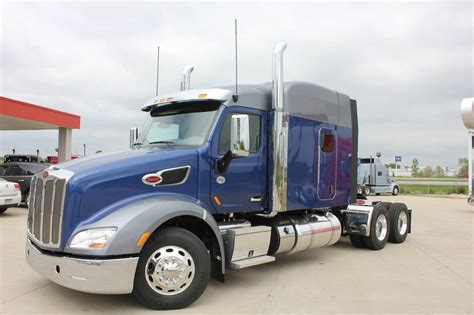 new peterbilt trucks truck center new peterbilt trucks autos weblog