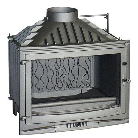 foyer 700 14kw en fonte invicta invicta fireplaces selenic 700 with valve 70 cm