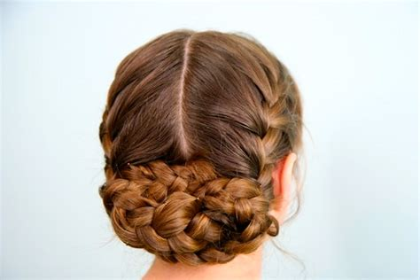 cute girl hairstyles katniss braid katniss reaping braid hunger games hairstyles cute