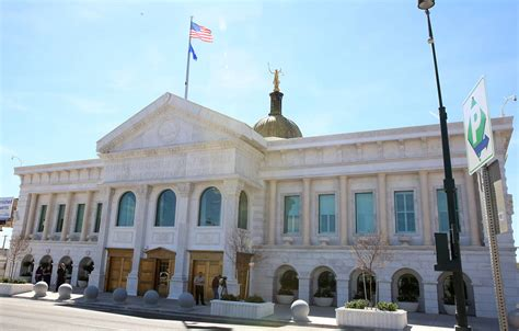 Nv Supreme Court Search Justice Hardesty Gives Tour Of Nevada Supreme Court