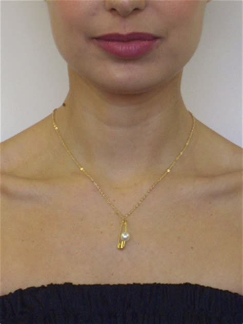 Cleaning Your Neck by Gold How To Clean Gold Neck Chain
