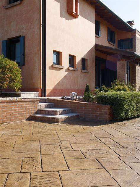 piastrelle per terrazze piastrelle per esterni materiale scegliere cose di casa