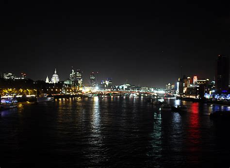 thames river cruise at night river thames night www pixshark com images galleries