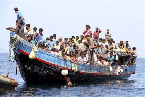 refugee on boat refugee boat news