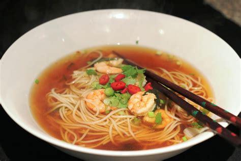 eats the world prawn somen noodle soup recipe