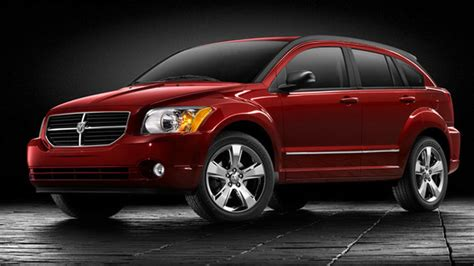 2008 dodge caliber small vehicle lots of space 2010 dodge caliber overview cargurus