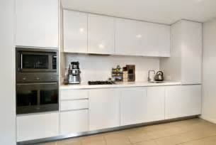 5 useful kitchen cabinet renovation idea