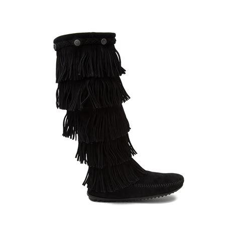 womens minnetonka 5 layer fringe boot black 1371659
