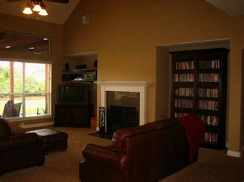 paint ideas for living room with high ceilings paint ideas for living rooms with high ceilings