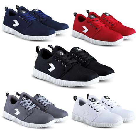Sepatu Snecker sepatu sneakers kets dan kasual pria bisa untuk jalan