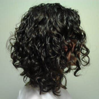 haircuts for curly hair games 25 best ideas about layered curly hair on pinterest