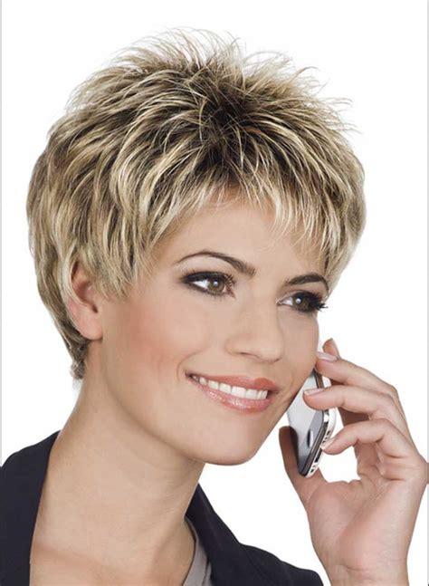 Kurze Frisuren Frauen by Kurzhaarfrisuren Frauen Ab 50 Rundes Gesicht Frisuren Trends